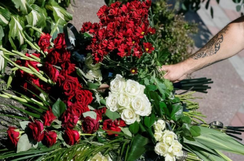 nice-mourning-Ukraine